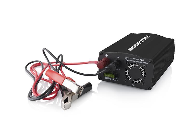 Napájecí autoadaptér (invertor) MC-C030 z CL 12V na 230V 50Hz, 300W, USB (černý)